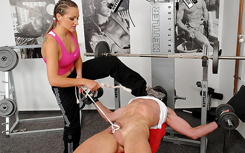 Femdom in the gym